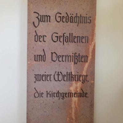 Kirche Langenstriegis Gedenktafel