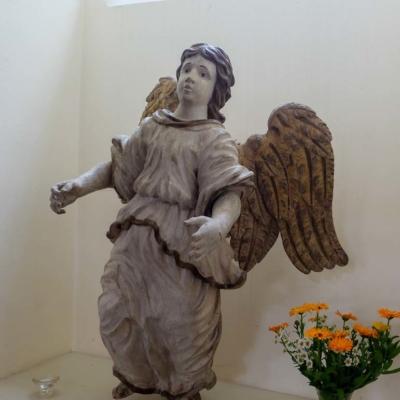 Kirche Langenstriegis Taufengel